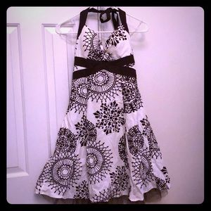 Junior's Summer Dress :: Dressy Casual :: Size 9